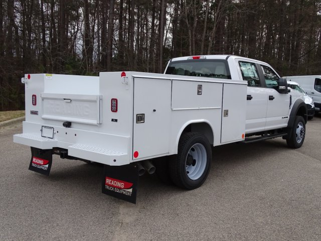 2019 F-550 Crew Cab DRW 4x4,  Reading SL Service Body #T198174 - photo 5