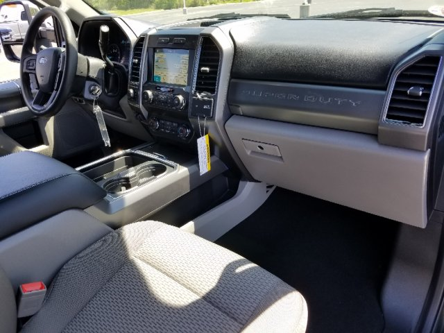 2019 F-250 Crew Cab 4x4,  Pickup #T198177 - photo 34