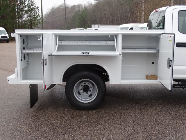 2019 F-350 Crew Cab DRW 4x4,  Reading SL Service Body #T198193 - photo 40