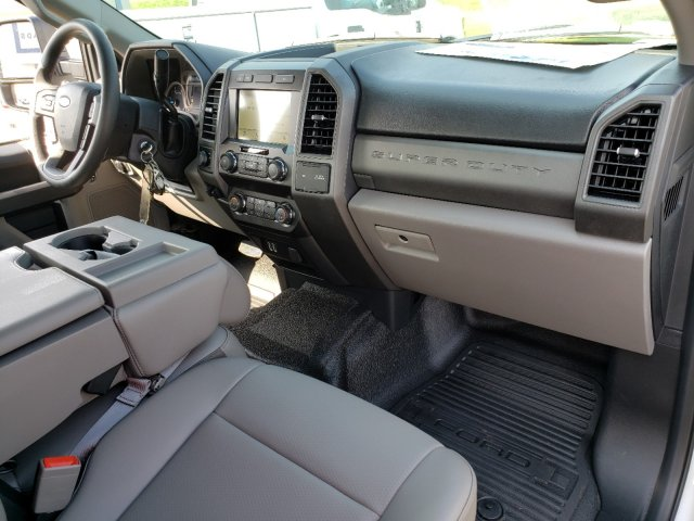 2019 F-250 Crew Cab 4x2,  Reading SL Service Body #T198197 - photo 32