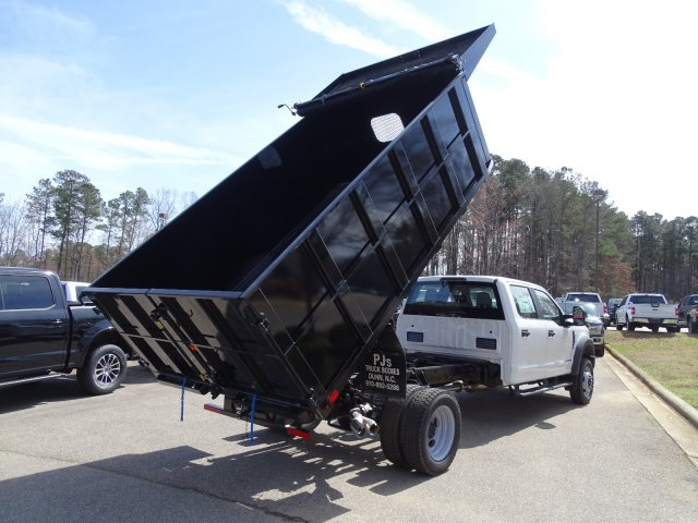 2019 F-550 Crew Cab DRW 4x2,  PJ's Landscape Dump #T198201 - photo 38