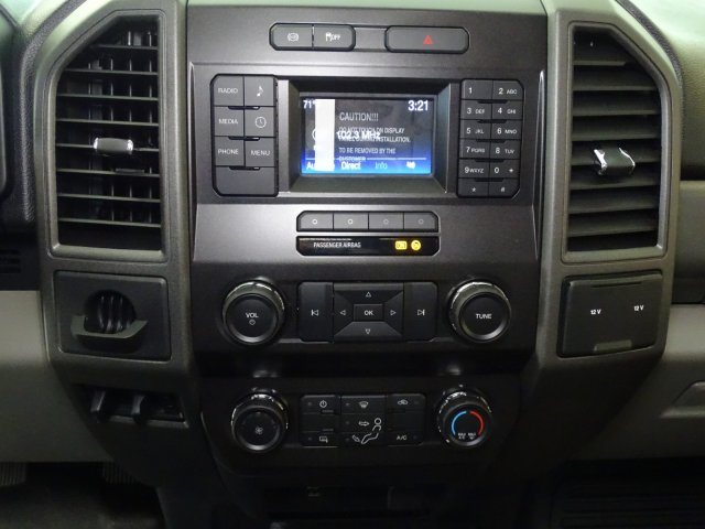 2019 F-450 Crew Cab DRW 4x2,  CM Truck Beds SB Model Service Body #T198204 - photo 21