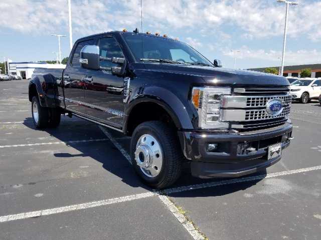 2019 F-450 Crew Cab DRW 4x4,  Pickup #T198214 - photo 3