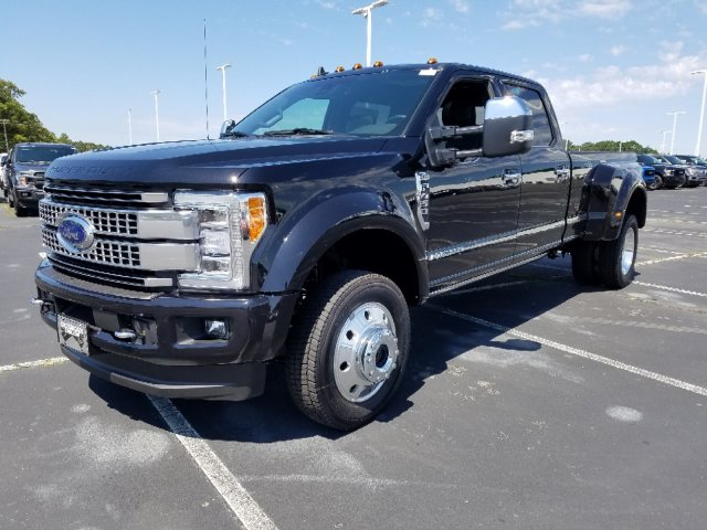 2019 F-450 Crew Cab DRW 4x4,  Pickup #T198214 - photo 1