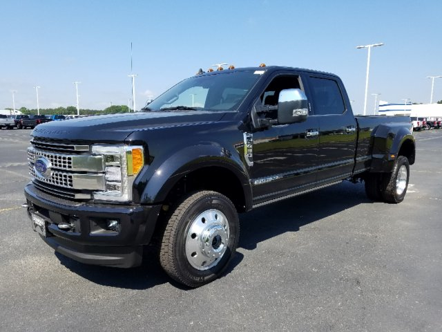 2019 F-450 Crew Cab DRW 4x4,  Pickup #T198215 - photo 1