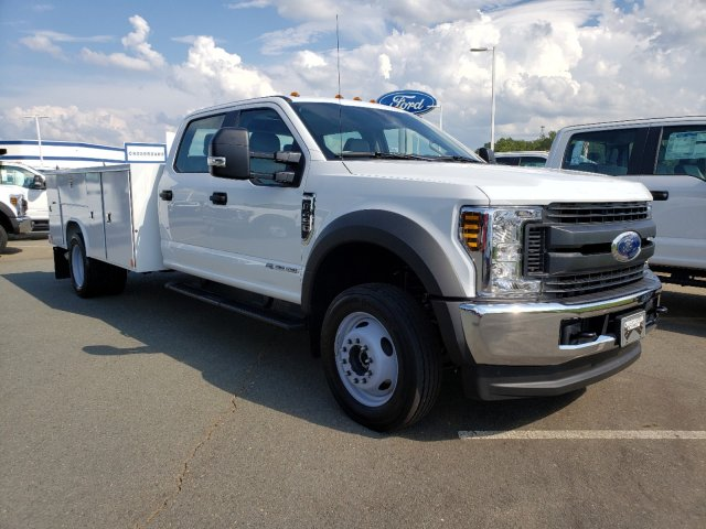 2019 F-450 Crew Cab DRW 4x4,  Reading SL Service Body #T198255 - photo 1