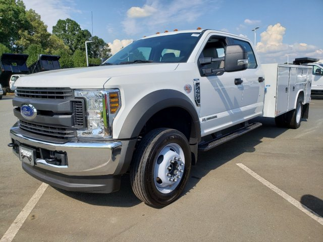 2019 F-450 Crew Cab DRW 4x4,  Reading SL Service Body #T198255 - photo 3