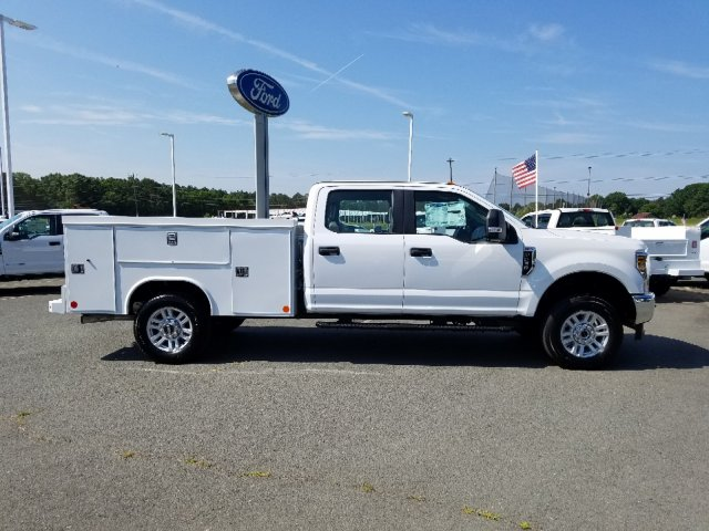 2019 F-250 Crew Cab 4x4, Reading SL Service Body #T198275 - photo 4
