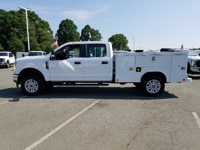 2019 F-250 Crew Cab 4x4, Reading SL Service Body #T198275 - photo 7