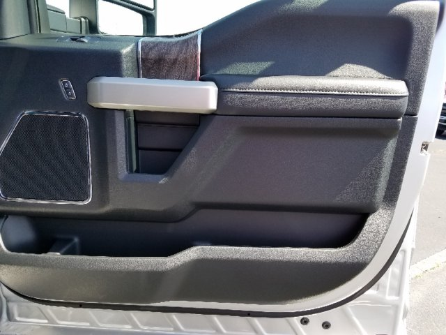 2019 F-250 Crew Cab 4x4,  Pickup #T198287 - photo 28