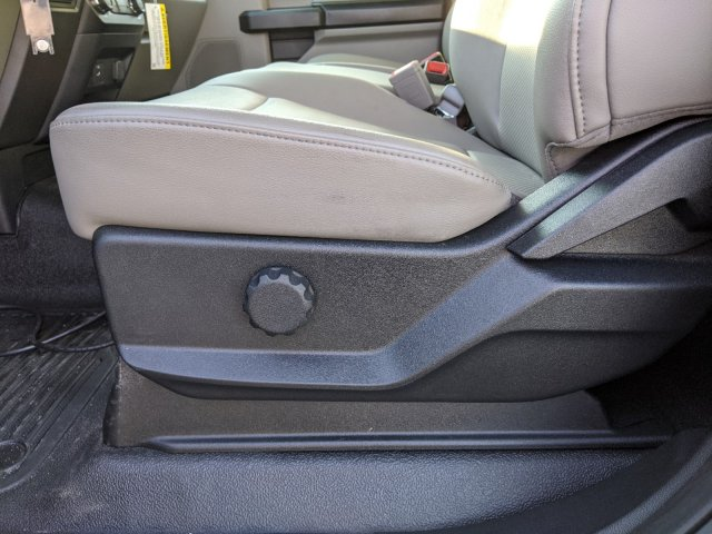 2019 F-550 Regular Cab DRW 4x2,  Cab Chassis #T198295 - photo 14