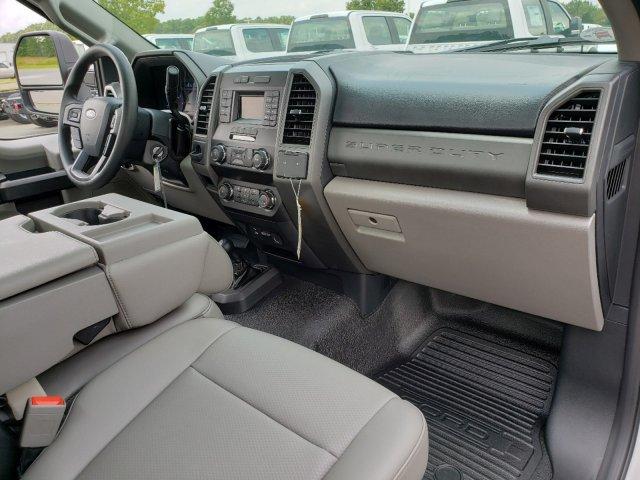2019 F-550 Regular Cab DRW 4x2,  Cab Chassis #T198295 - photo 24