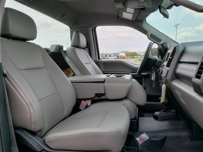 2019 F-550 Regular Cab DRW 4x2,  Cab Chassis #T198295 - photo 23