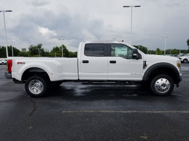 2019 F-450 Crew Cab DRW 4x4,  Pickup #T198323 - photo 4