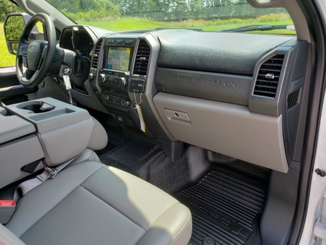 2019 F-250 Crew Cab 4x4,  Pickup #T198325 - photo 31