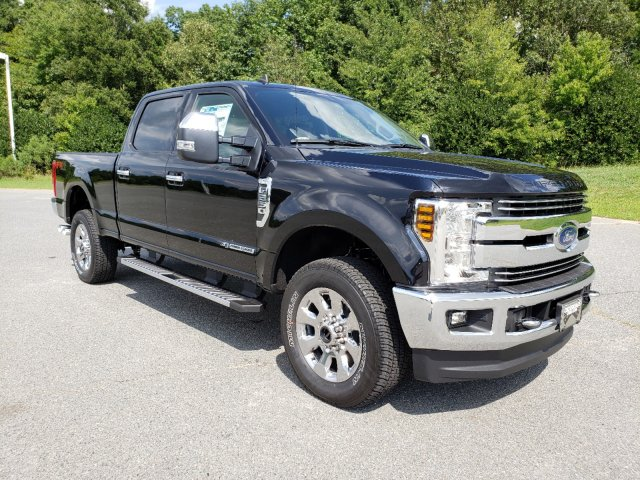 2019 F-250 Crew Cab 4x4,  Pickup #T198339 - photo 3