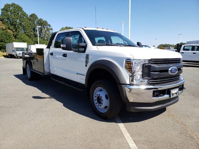 2019 F-550 Crew Cab DRW 4x4,  CM Truck Beds TM Deluxe Platform Body #T198385 - photo 3