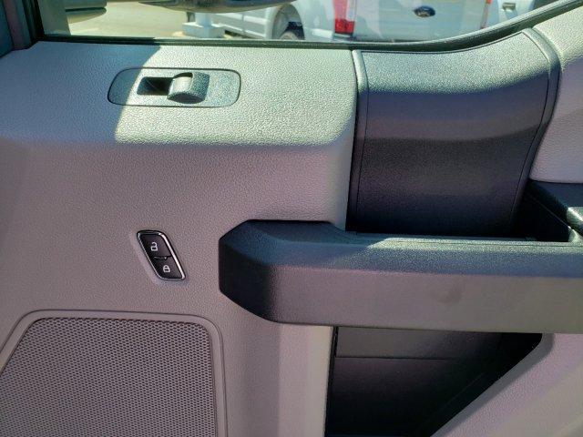 2019 F-550 Crew Cab DRW 4x4,  CM Truck Beds TM Deluxe Platform Body #T198385 - photo 28
