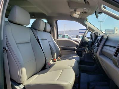 2019 F-550 Crew Cab DRW 4x4,  CM Truck Beds TM Deluxe Platform Body #T198385 - photo 29