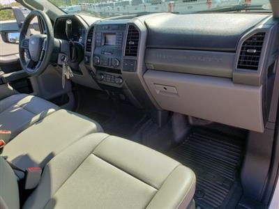 2019 F-550 Crew Cab DRW 4x4,  CM Truck Beds TM Deluxe Platform Body #T198385 - photo 30
