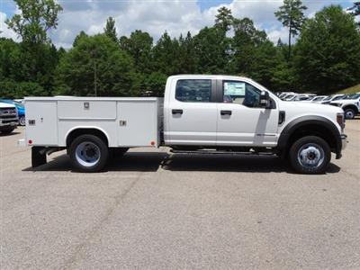 2019 F-550 Crew Cab DRW 4x4,  Reading SL Service Body #T198396 - photo 4