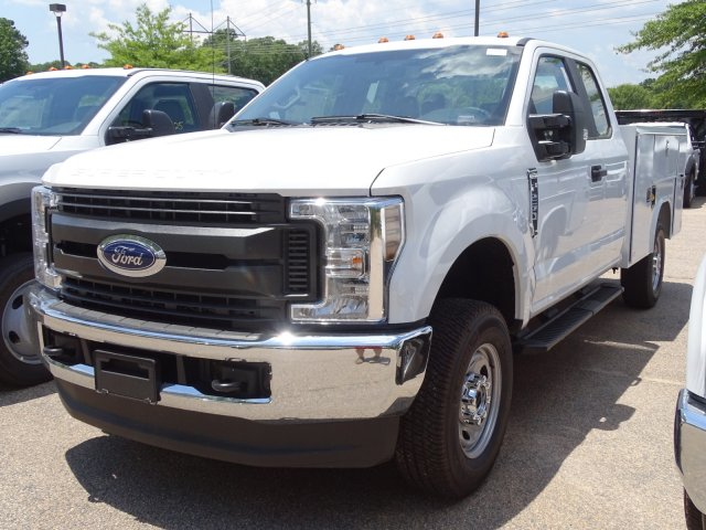 2019 F-250 Super Cab 4x4, Reading Service Body #T198399 - photo 1