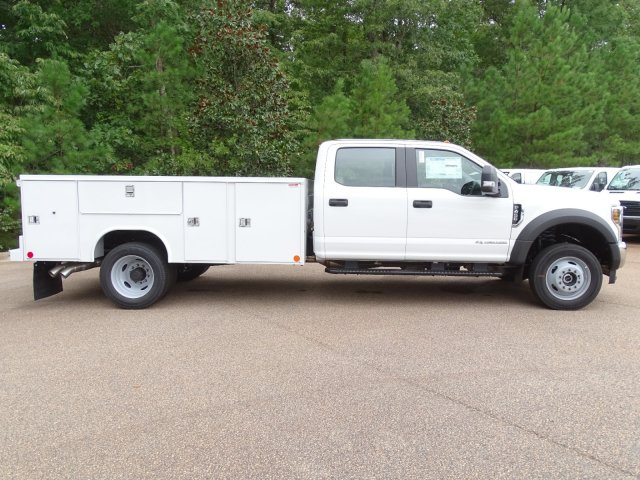 2019 F-450 Crew Cab DRW 4x4, Reading SL Service Body #T198401 - photo 4