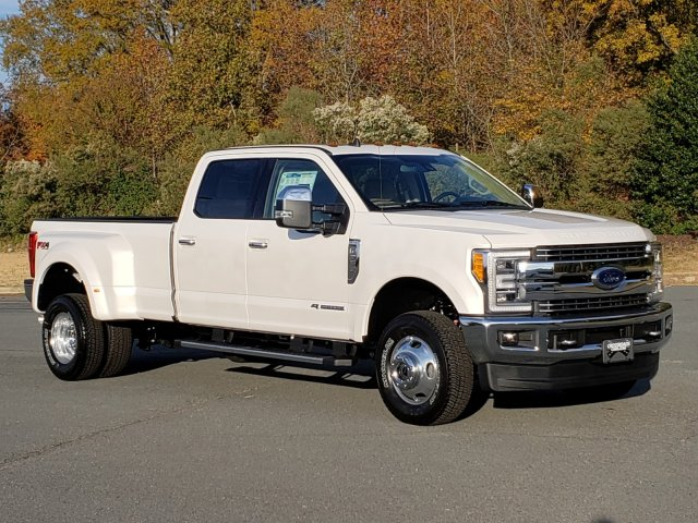 2019 F-350 Crew Cab DRW 4x4, Pickup #T198411 - photo 3