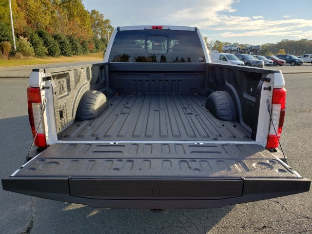 2019 F-350 Crew Cab DRW 4x4, Pickup #T198411 - photo 28