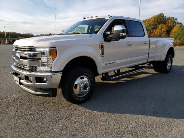 2019 F-350 Crew Cab DRW 4x4, Pickup #T198411 - photo 1