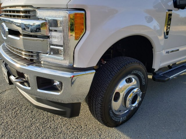 2019 F-350 Crew Cab DRW 4x4, Pickup #T198411 - photo 9