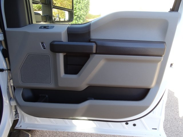 2019 F-450 Regular Cab DRW 4x4, PJ's Platform Body #T198416 - photo 37