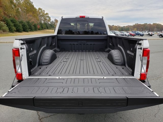 2019 F-350 Crew Cab 4x4, Pickup #T198430 - photo 26