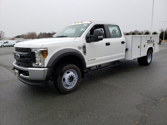 2019 F-450 Crew Cab DRW 4x4, Reading Service Body #T198433 - photo 1