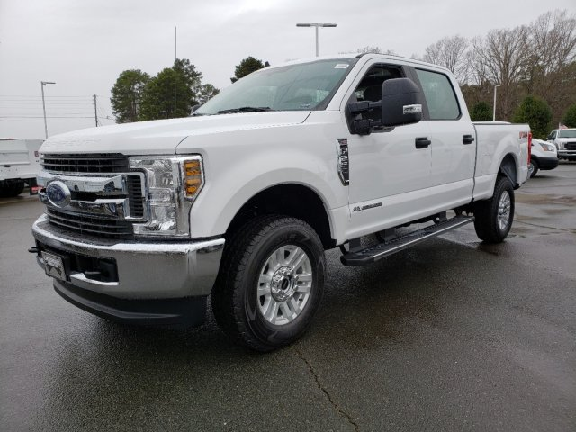 2019 F-250 Crew Cab 4x4, Pickup #T198442 - photo 2