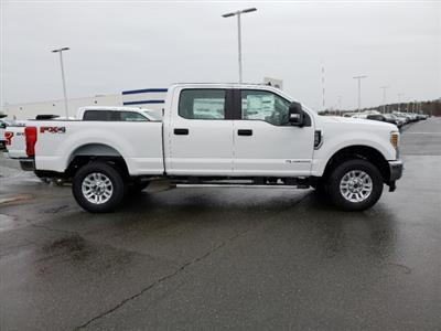 2019 F-250 Crew Cab 4x4, Pickup #T198442 - photo 3