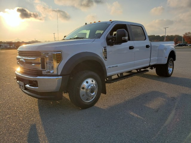 2019 F-450 Crew Cab DRW 4x4, Pickup #T198444 - photo 1