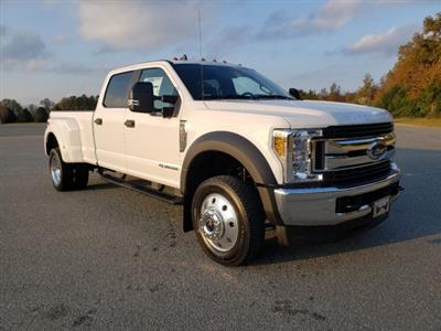 2019 F-450 Crew Cab DRW 4x4, Pickup #T198444 - photo 3