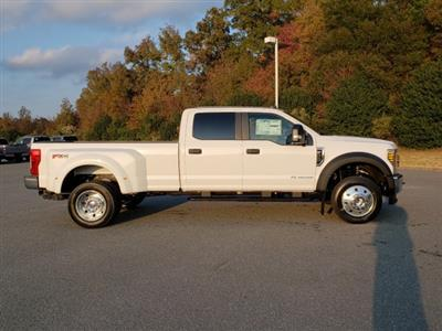 2019 F-450 Crew Cab DRW 4x4, Pickup #T198444 - photo 4