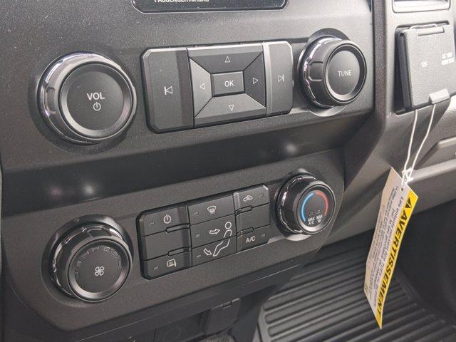 2019 Ford F-550 Crew Cab DRW 4x4, PJ's Landscape Dump #T198465 - photo 20