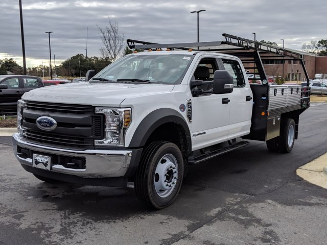 2019 F-450 Crew Cab DRW 4x2, Reading Contractor Body #T198471 - photo 1