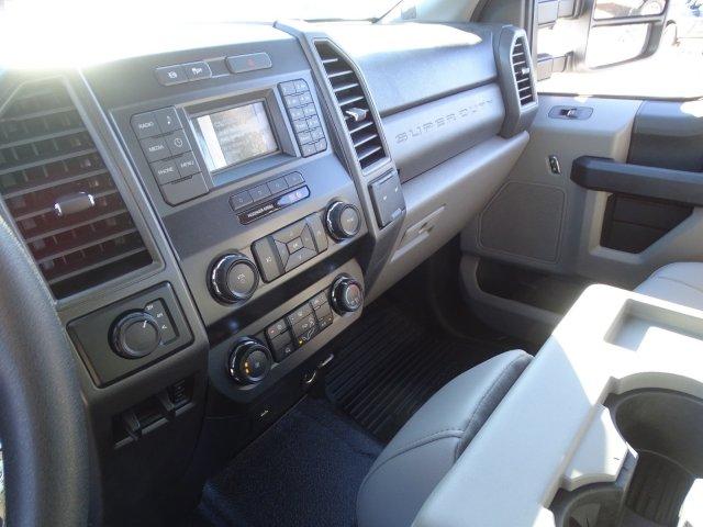 2019 Ford F-550 Super Cab DRW 4x4, Reading Classic II Steel Service Body #T198483 - photo 25