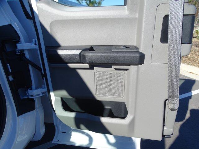 2019 Ford F-550 Super Cab DRW 4x4, Reading Classic II Steel Service Body #T198483 - photo 30