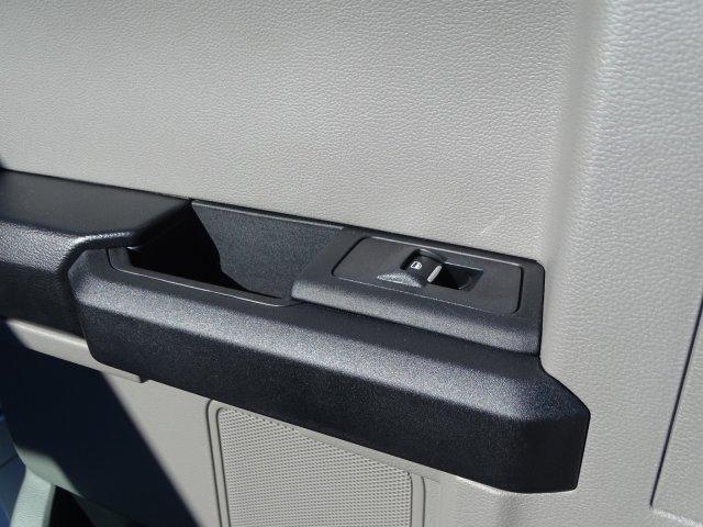 2019 Ford F-550 Super Cab DRW 4x4, Reading Classic II Steel Service Body #T198483 - photo 31