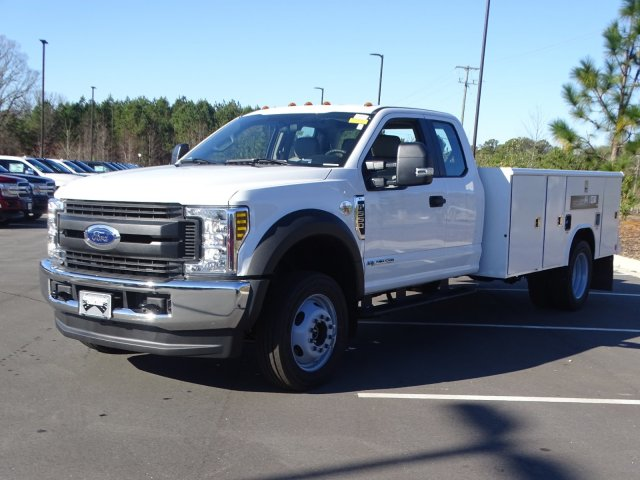 2019 Ford F-550 Super Cab DRW 4x4, Reading Service Body #T198483 - photo 1