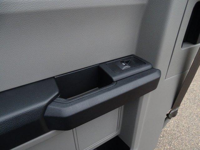 2019 Ford F-250 Super Cab RWD, Reading SL Service Body #T198486 - photo 32