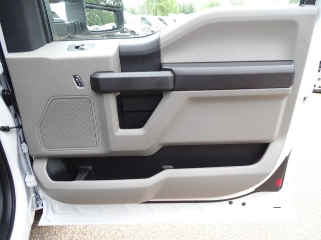 2019 Ford F-250 Super Cab RWD, Reading SL Service Body #T198486 - photo 46