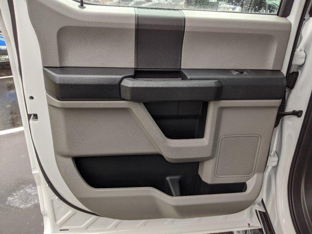 2019 Ford F-550 Crew Cab DRW RWD, PJ's Platform Body #T198487 - photo 30