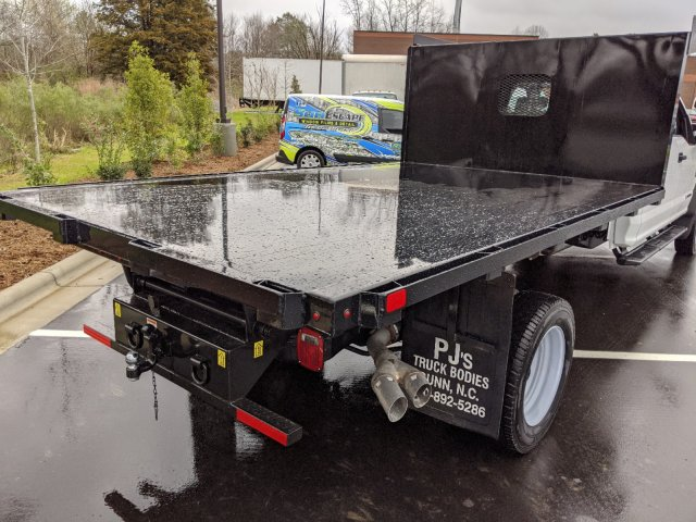 2019 Ford F-550 Crew Cab DRW RWD, PJ's Platform Body #T198487 - photo 38