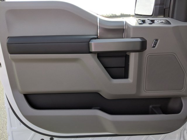 2020 F-150 SuperCrew Cab 4x4, Pickup #T207128 - photo 11